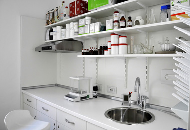 laboratorio galanico farmacia arredo