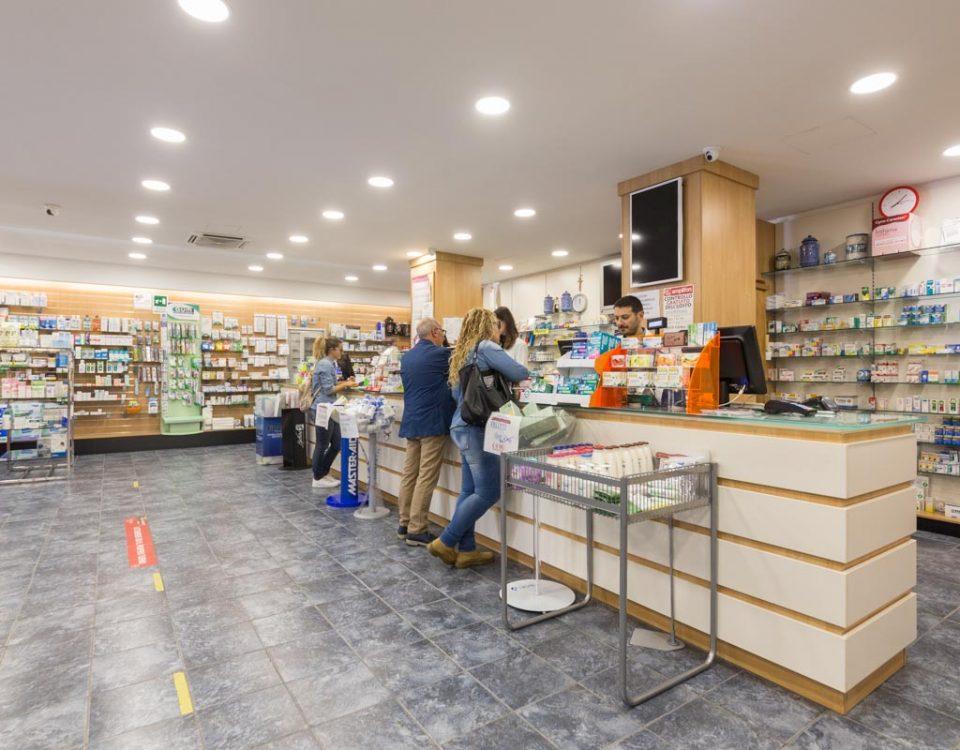 progettazione arredamento farmacie